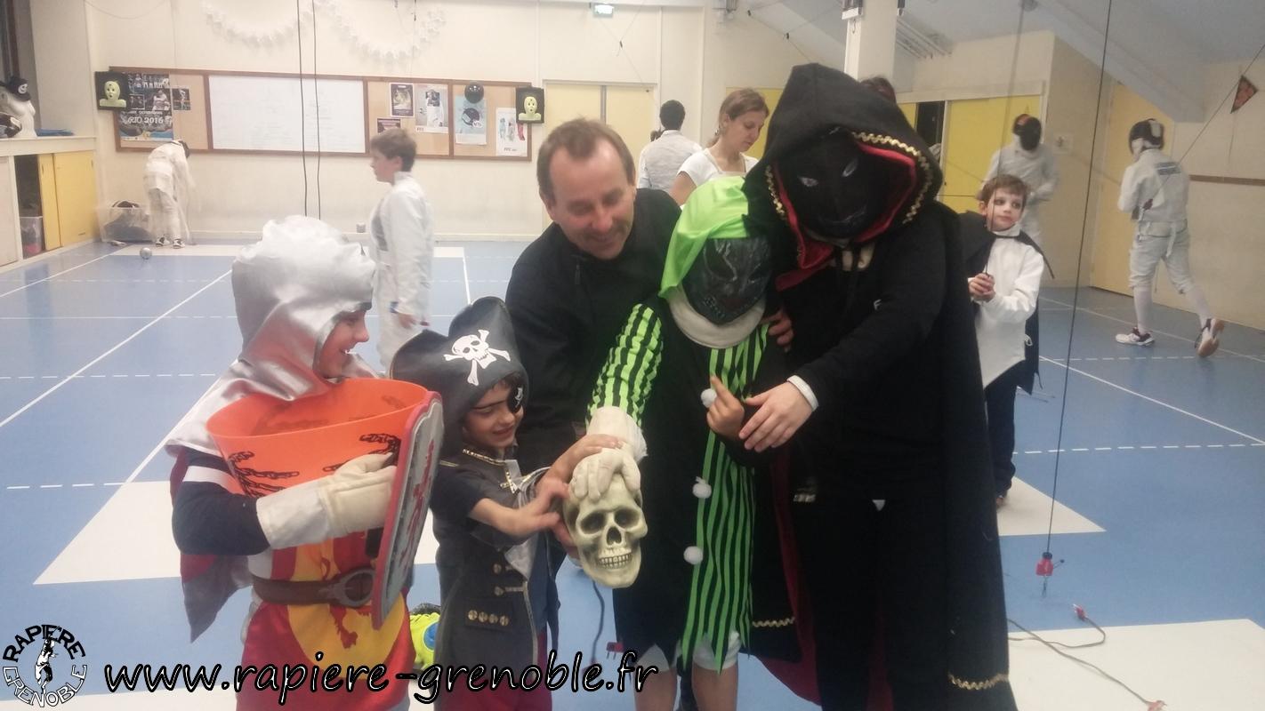 (2018-11-09_21-02-22) - Rapiere_Tournoi_Halloween