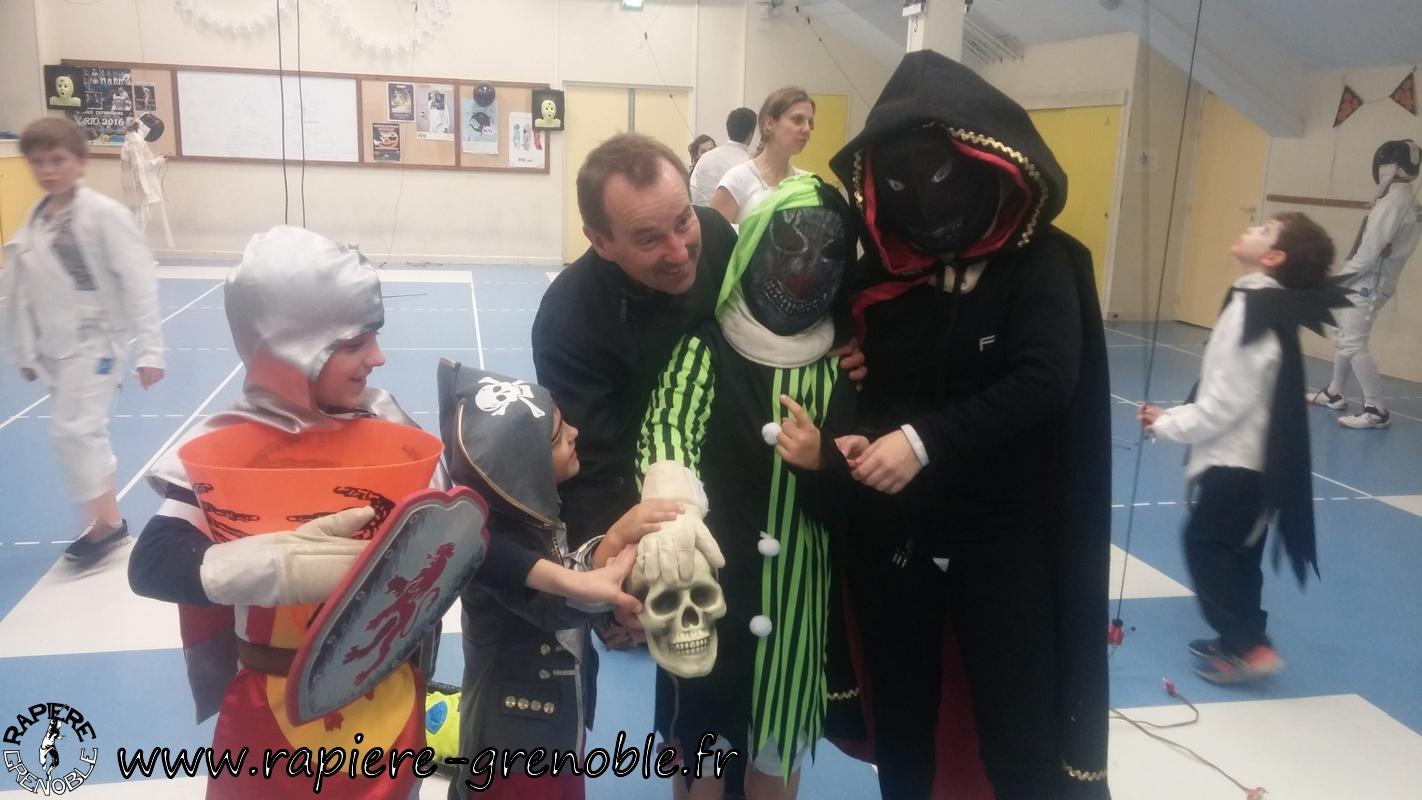 (2018-11-09_21-02-25) - Rapiere_Tournoi_Halloween