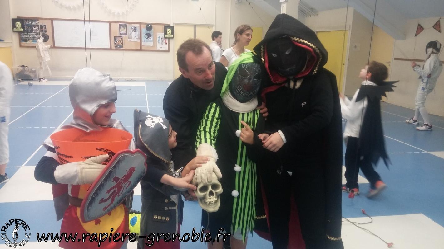 (2018-11-09_21-02-26) - Rapiere_Tournoi_Halloween